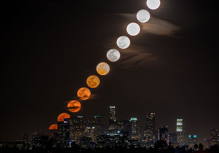 8-moments-of-moon-rising-over-la