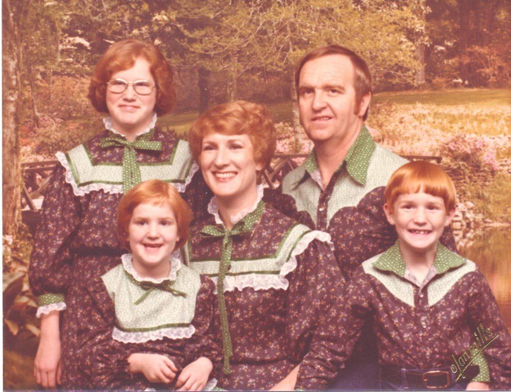 awkward-family-photo-10