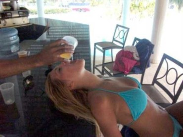 32 Pictures of People Who Had Too Much Booze – Part I