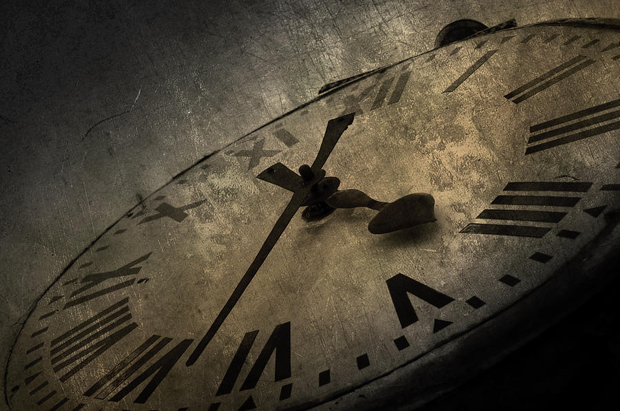 clock-abstract-picture