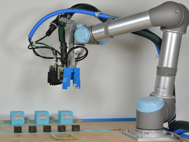Could Robots Be Programmed To Evolve?