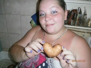 These 20 Russian Dating Website Photos Will Totally Freak You Out