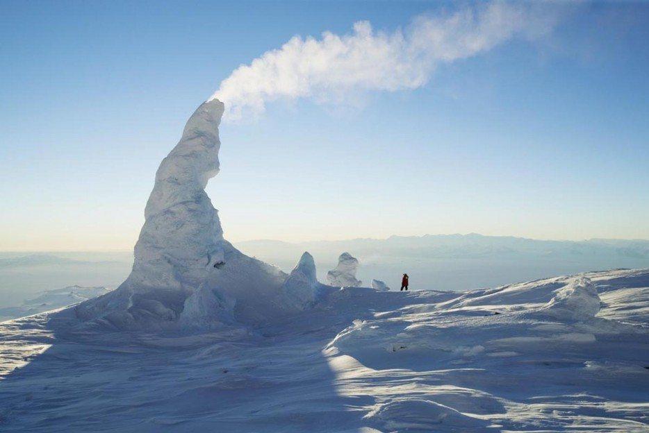 snow-chimneys