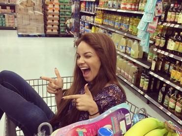 22 Hot Girls Lost in Walmart Stores