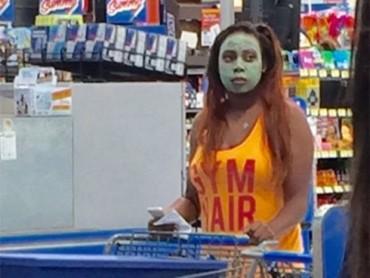 30 Shameless People In Walmart