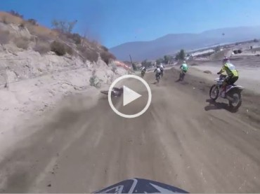 Rider Avoids The Accident And Makes A Perfect Near-Miss