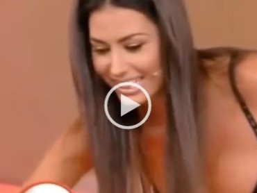 Beautiful Latina Gives Her Best Moves On Surf-Simulator