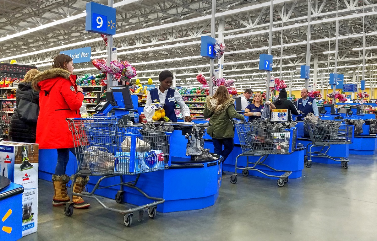 12 Best & Worst Ways To Spend Money At Walmart